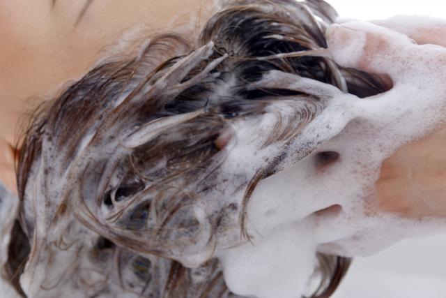 あなたのシャンプーの仕方は大丈夫?美容師が教える正しいメンズの頭皮のケア講座