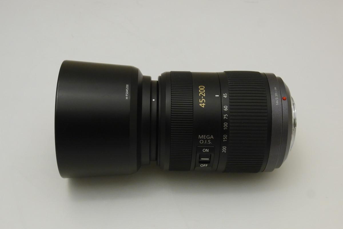 激安なlumix 45-200mm/F4.0-5.6は1万円台で換算400mmが手に入る。