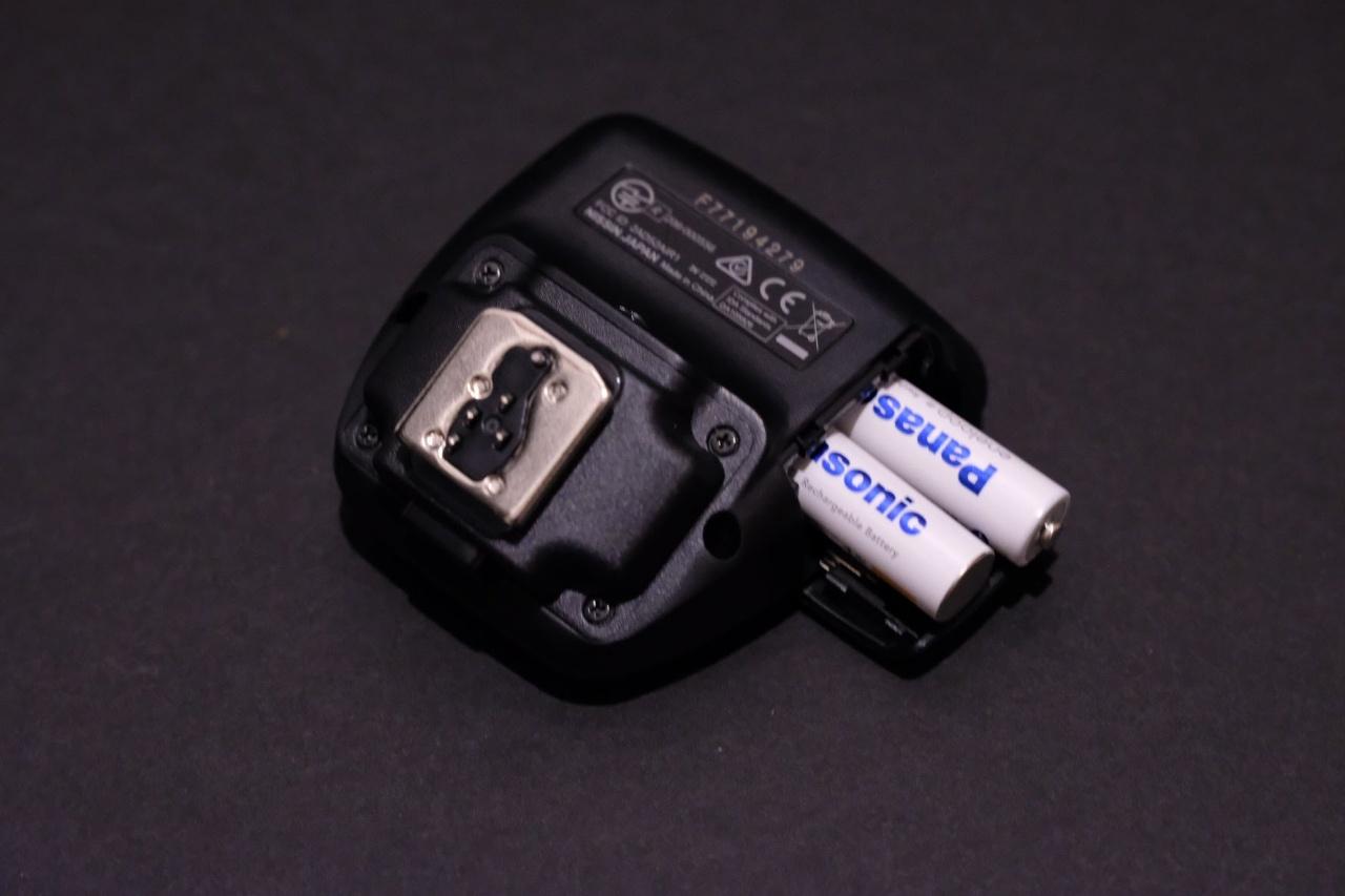 ストロボコマンダー単四電池2本