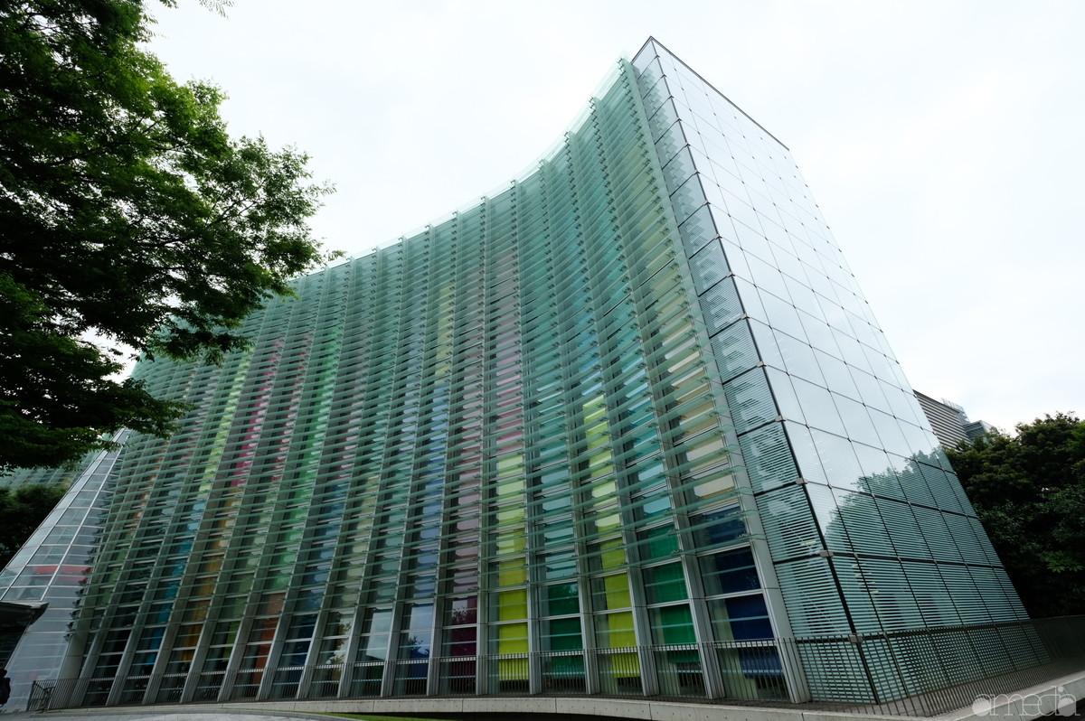 新国立美術館外観