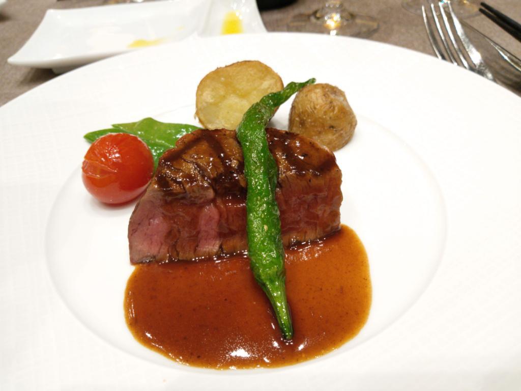 結婚式料理牛フィレ肉
