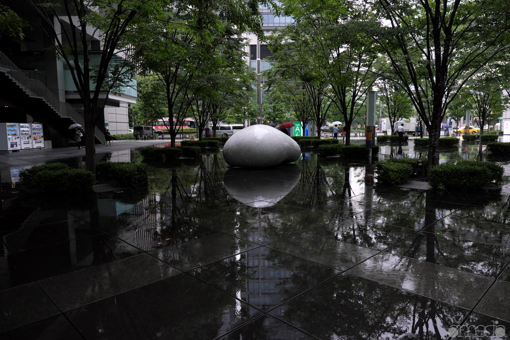 雨の東京国際フォーラム