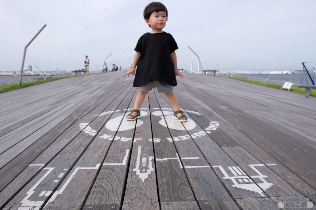 横浜港大さん橋(通称:くじらの背)