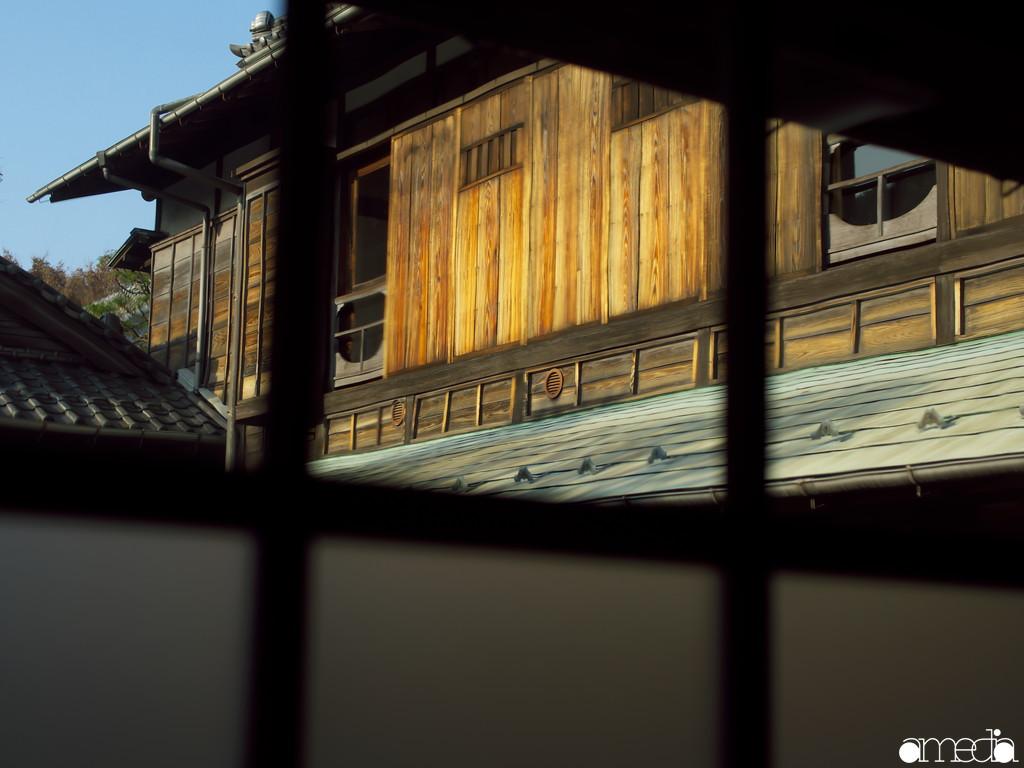 旧朝倉家住宅 2Fを見上げる