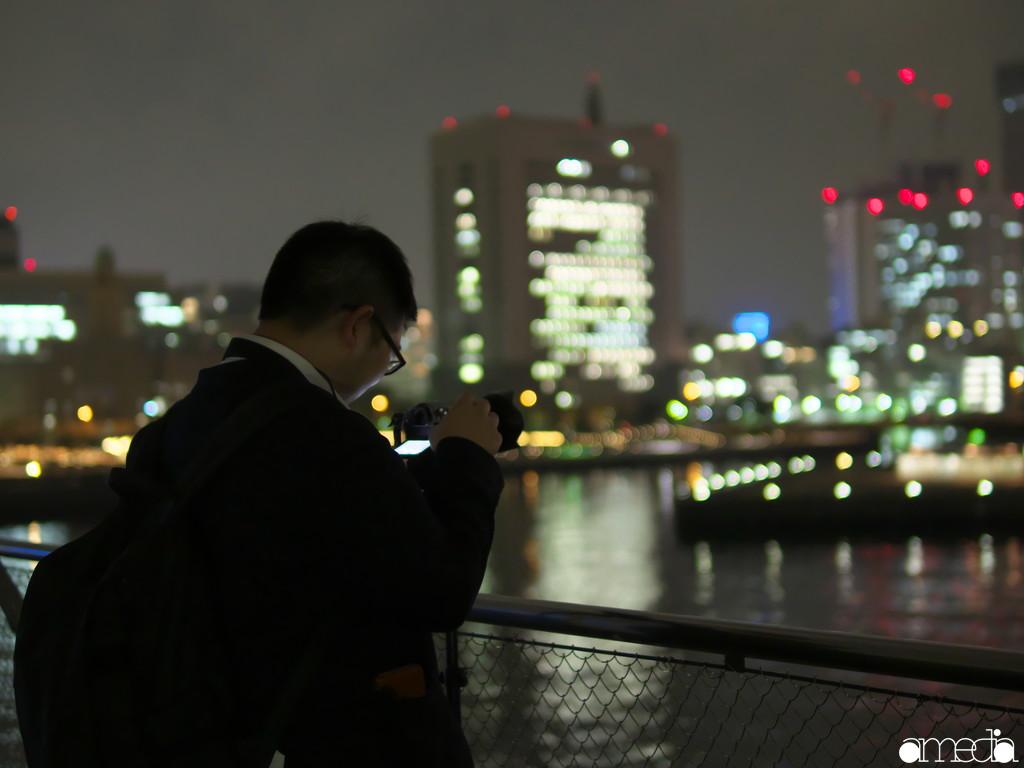 夜景撮影中のABCさん