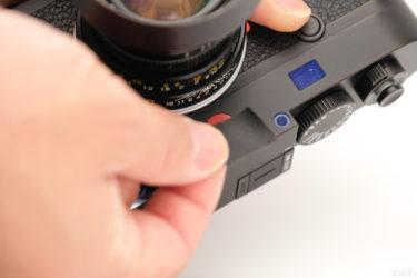 ライカM10の赤バッチを消したい | カモ井のマスキングテープを使って消す